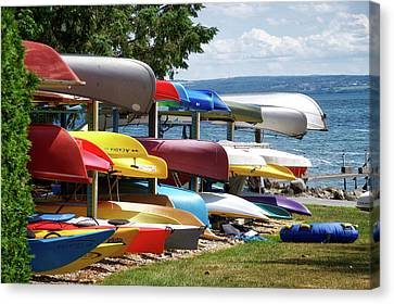 Canoes In Many Colors 02 Canvas Print by Thomas Woolworth
