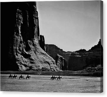 Canyon De Chelly Canvas Print by John Feiser