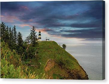 Cape Disappointment After Sunset Canvas Print by David Gn