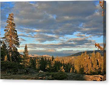 Cape Horn Sunset Looking East Canvas Print by Larry Darnell