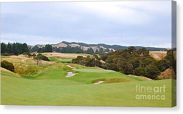 Cape Kidnappers  1 Golf Course New Zealand  Canvas Print by Jan Daniels
