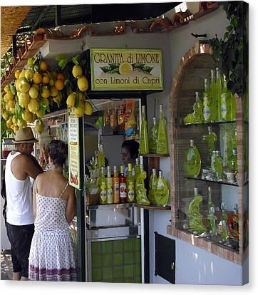Capri Street Scene Con Limoni Canvas Print