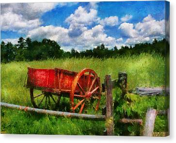 Car - Wagon - The Old Wagon Cart Canvas Print by Mike Savad