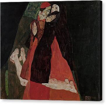 Cardinal And Nun Caress 1912 Canvas Print