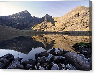 Carrauntoohill Ireland's Tallest Mountain Canvas Print by Pierre Leclerc Photography