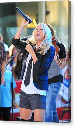 Carrie Underwood On Stage For Nbc Today Canvas Print by Everett