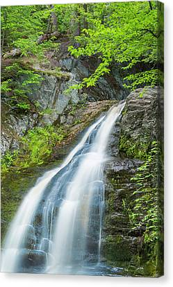 Canvas Print featuring the photograph Cascade Waterfalls In South Maine by Ranjay Mitra