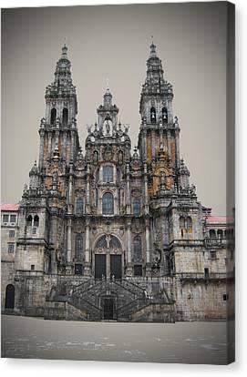 Cathedral Of Santiago De Compostela Canvas Print by Jasna Buncic