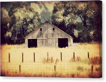 Canvas Print featuring the photograph Hwy 3 Barn by Julie Hamilton