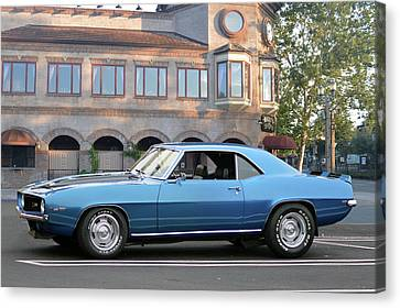 Canvas Print featuring the photograph Cbad Z28 In Blue by Bill Dutting