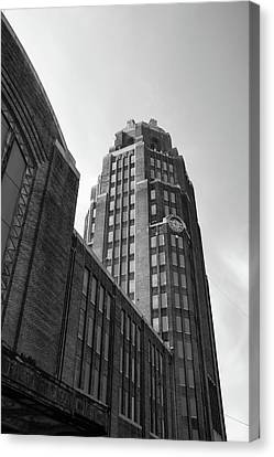 Canvas Print featuring the photograph Central Terminal 15142 by Guy Whiteley