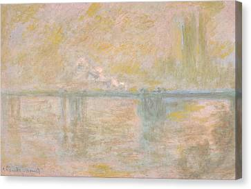 Charing Cross Bridge In London Canvas Print by Claude Monet