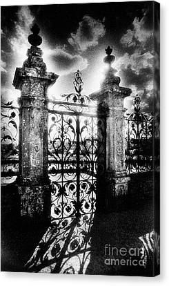 Chateau De Carrouges Canvas Print