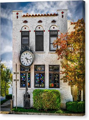 Chattanooga Tennessee - Fine Art Gallery  Canvas Print by Frank J Benz