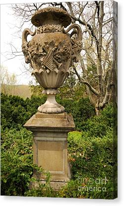 Cheekwood Urn Canvas Print by Donald Groves