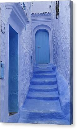 Chefchaouen Morocco Canvas Print by Liz Pinchen