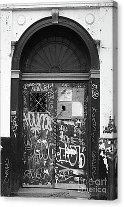 Chelsea Doorway Nyc Canvas Print