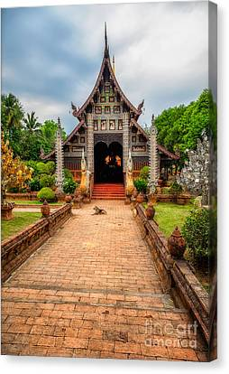 Chiang Mai Temple Canvas Print by Adrian Evans
