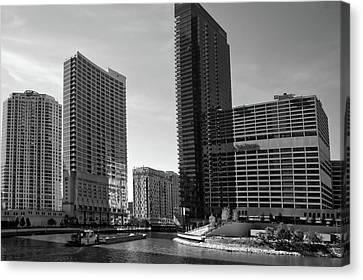 Chicago Heading Up The North River Branch Bw Canvas Print by Thomas Woolworth