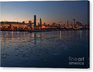 Grant Park Canvas Print - Chicago Skyline At Dusk by Sven Brogren