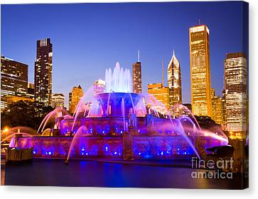 Chicago Skyline At Night With Buckingham Fountain Canvas Print by Paul Velgos
