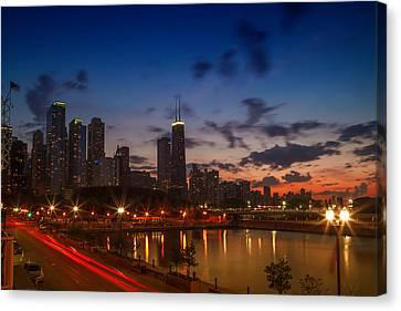 Chicago Sunset Canvas Print by Melanie Viola