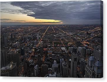Canvas Print featuring the photograph Chicago Westward by Steven Sparks