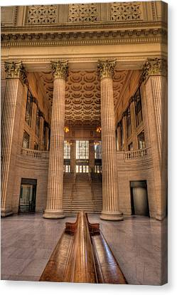 Chicagos Union Station Waiting Hall Canvas Print by Steve Gadomski