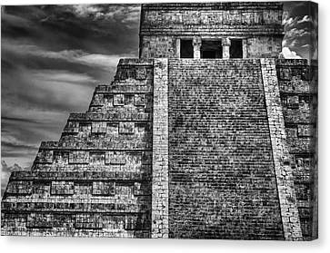 Chichen Itza-mayan Temple Canvas Print by John Hamlon