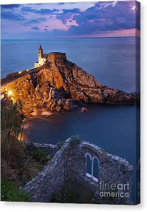 Canvas Print featuring the photograph Chiesa San Pietro by Brian Jannsen