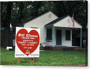 Childhood Home Of Bill Clinton Canvas Print by Carl Purcell