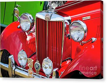 Canvas Print featuring the photograph Chillipepper 1952 Mg by Chris Dutton