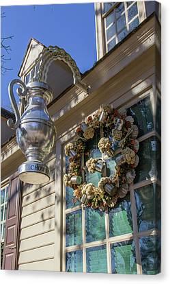 Chownings Wreath 02 Canvas Print by Teresa Mucha