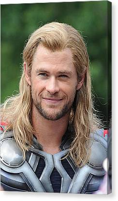 Kristin Callahan Canvas Print - Chris Hemsworth On Location For The by Everett