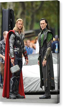 Kristin Callahan Canvas Print - Chris Hemsworth, Tom Hiddleston by Everett