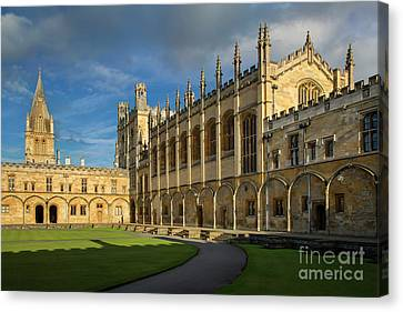 Canvas Print featuring the photograph Christ Church College II by Brian Jannsen