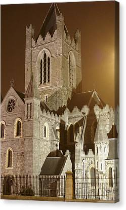 Christ Church Dublin Ireland Canvas Print by Henri Irizarri