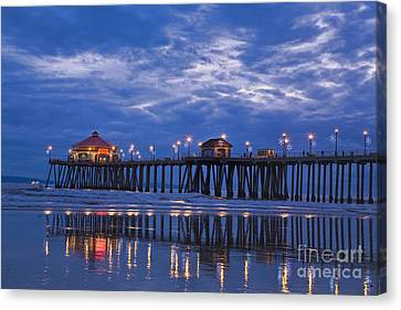 Christmas At The Huntington Beach Pier Canvas Print