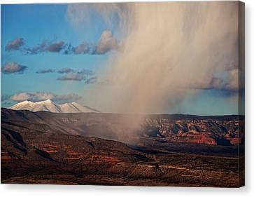 Canvas Print featuring the photograph Christmas Day Snow Mix San Francisco Peaks by Ron Chilston