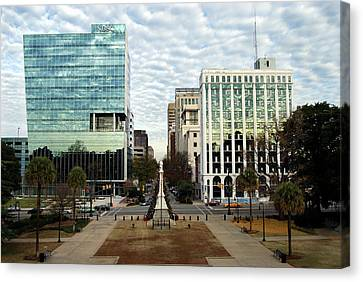 Christmas In Columbia Sc Canvas Print by Skip Willits