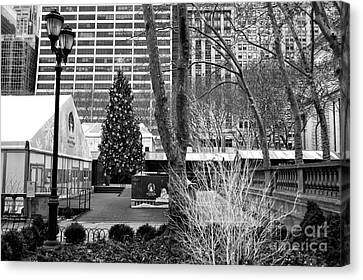 Bryant Canvas Print - Christmas Tree In Bryant Park by John Rizzuto