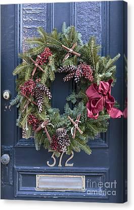 Christmas Wreath Canvas Print by Edward Fielding