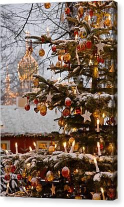 Christmastime At Tivoli Gardens Canvas Print by Keenpress