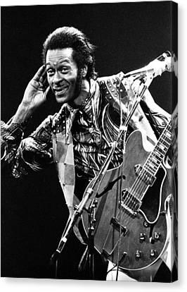 Chuck Berry 1973 Canvas Print by Chris Walter