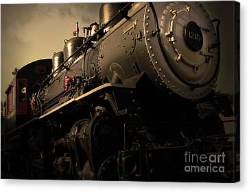 Chugging Across America In The Age Of Steam . Golden Cut . 7d12980 Canvas Print by Wingsdomain Art and Photography