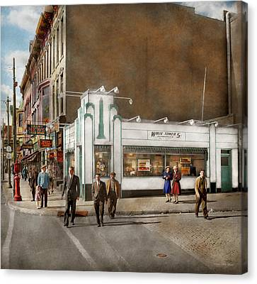 City - Amsterdam Ny - Hamburgers 5 Cents 1941 Canvas Print by Mike Savad