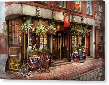 City - Boston Ma - The Green Dragon Tavern Canvas Print by Mike Savad