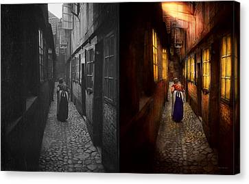 City - Germany - Alley - A Long Hard Life 1904 - Side By Side Canvas Print