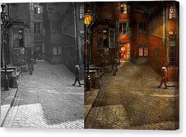 City - Germany - On A Corner Street 1904 - Side By Side Canvas Print