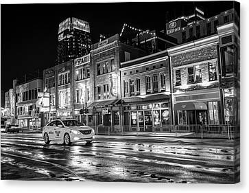 City Nights On Lower Broadway - Nashville Tennessee - Black And White Canvas Print